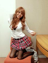 Китайский трансексуал позирует для откровенных фото - 7 картинка