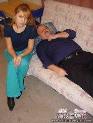 Пьяная дочь сосет у отца - 2 картинка