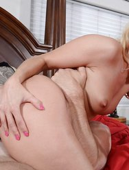 Блондинка любит большой челен - 12 картинка