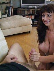 Жена любит когда муж кончает на неё - 11 картинка