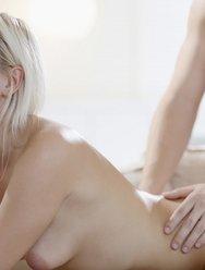 Прервал онанизм блондинки - 26 картинка