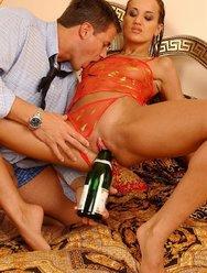 Проститутка заскучала - 11 картинка