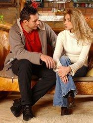 С любовницей на даче - 1 картинка