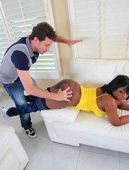 Наказал негритянку - 16 картинка