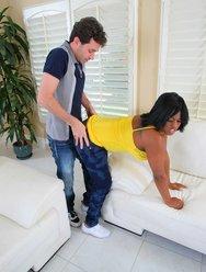 Наказал негритянку - 15 картинка
