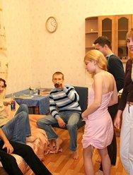 Групповуха русских студентов - 22 картинка