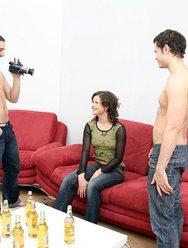 Молодёжная групповуха с блядями - 1 картинка