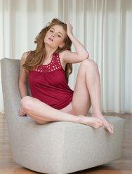 Рыжая красотка Faye R - 2 картинка